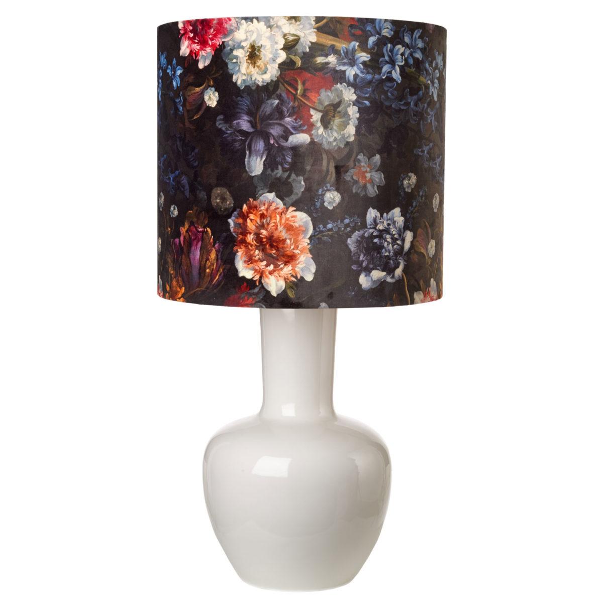 Абажур для лампы. Цветочный узор