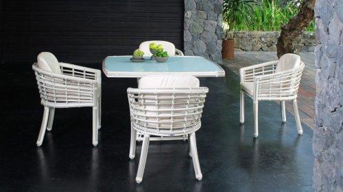 Стол плетеный со стеклом Villa Skyline